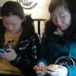 中国生活習慣、注意しないと居座り続ける人達。座る【坐】
