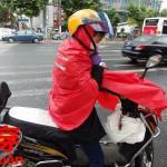 洋服を着る、帽子を被るの中国語表現。着る【穿】