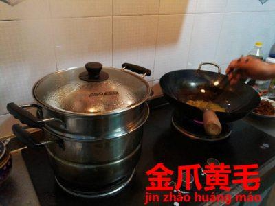 調理中の上海料理