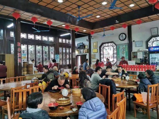 上海南翔の上海古猗园餐厅テーブル